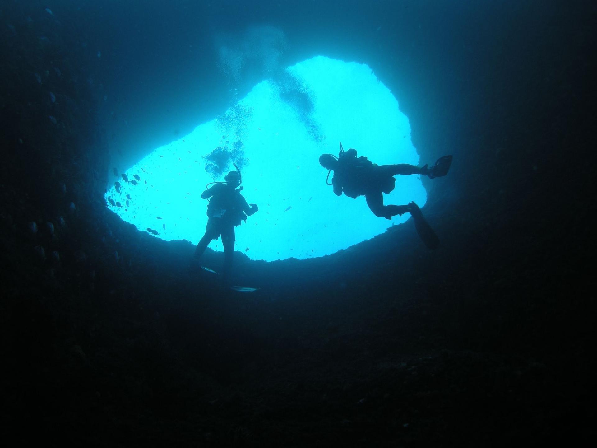 plongeurs à carry le rouet, cote bleue, marseille